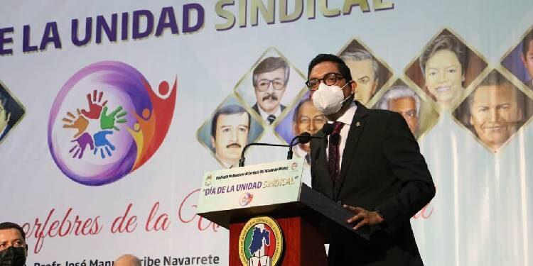 Llama Manuel Uribe a defender la Unidaddel SMSEM, por encima de intereses personales o de grupos